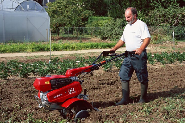 alquiler maquinaria jardineria