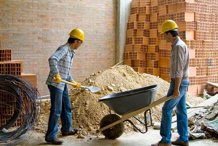 Eines de ferreteria per a la construcció
